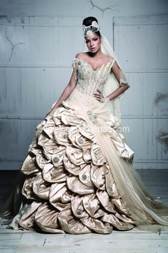 gelinlik modeli ecrin moda evi