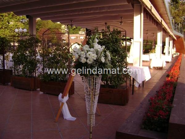 Emel Divan Wedding