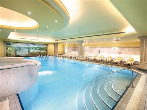 barcelo eresin topkapı hotel havuz