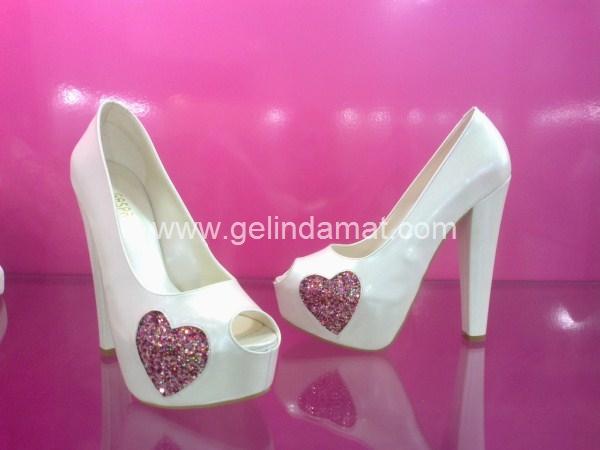 Gaspara Gelin Ayakkabıları  -  Gaspara Gelin Ayakkabıları Kalpli Model