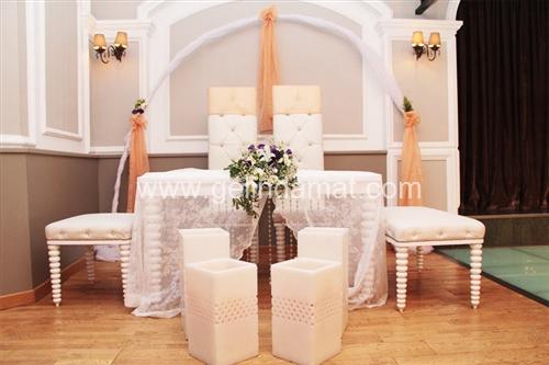 turuncu nikah masası holiday inn hotel istanbul