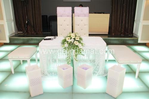 nikah masaları holiday inn hotel istanbul