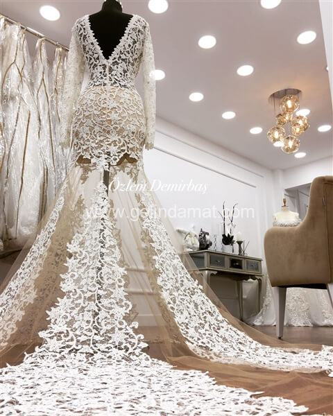 Özlem Demirbaş-Nişantaşı Moda Evi