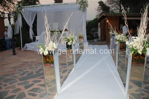 Papuli Kır Düğünü