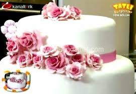 Düğün Pastası-Tatlı Sürprizler