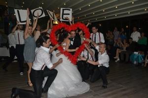 Ebru Çapraz İle Düğününüzde Dansınızla Göz Kamaştırın