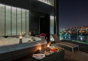 Mövenpick Hotel Istanbul Golden Horn Da Evlenenenlere Yurtdışı Balayı Hediye