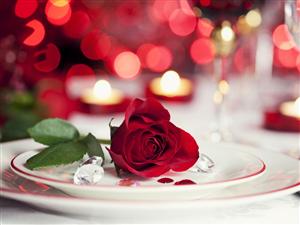 Holıday Inn İstanbul Cıty'de Romantik Sevgililer Günü Yemeği