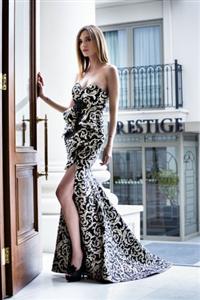 """Milano Gelinlik Moda Haftası nın en göz alıcı kolleksiyonu; """"XCLSV"""""""