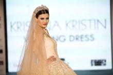 Kristina Kristin-Uzun Duvak