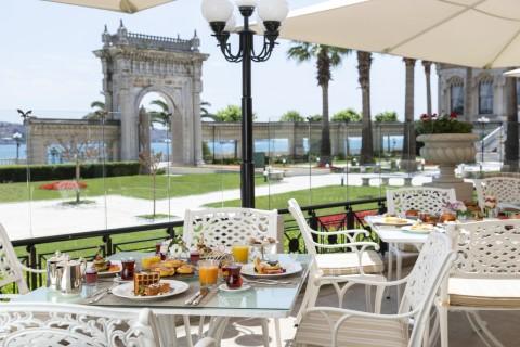 çırağan palace kempinski istanbul laledan restoran kahvaltı 3